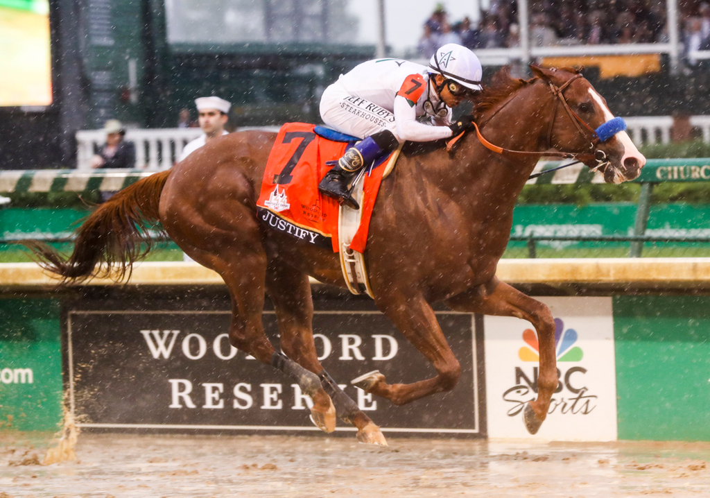 Justify winning the Kentucky Derby At Churchill Downs