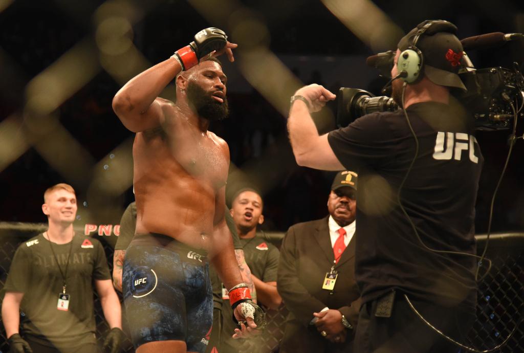 Lewis, Blaydes, UFC